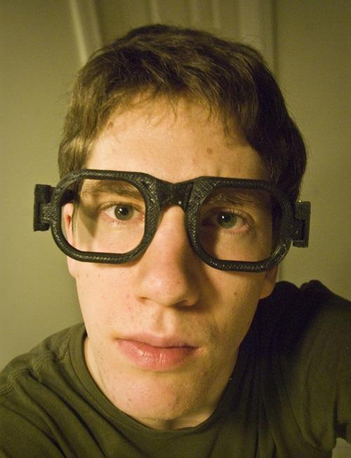 3D Printed Glasses not Printed 3D Glasses