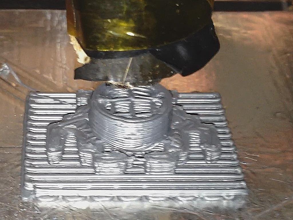 Space Invaders plug printing on MakerBot #169
