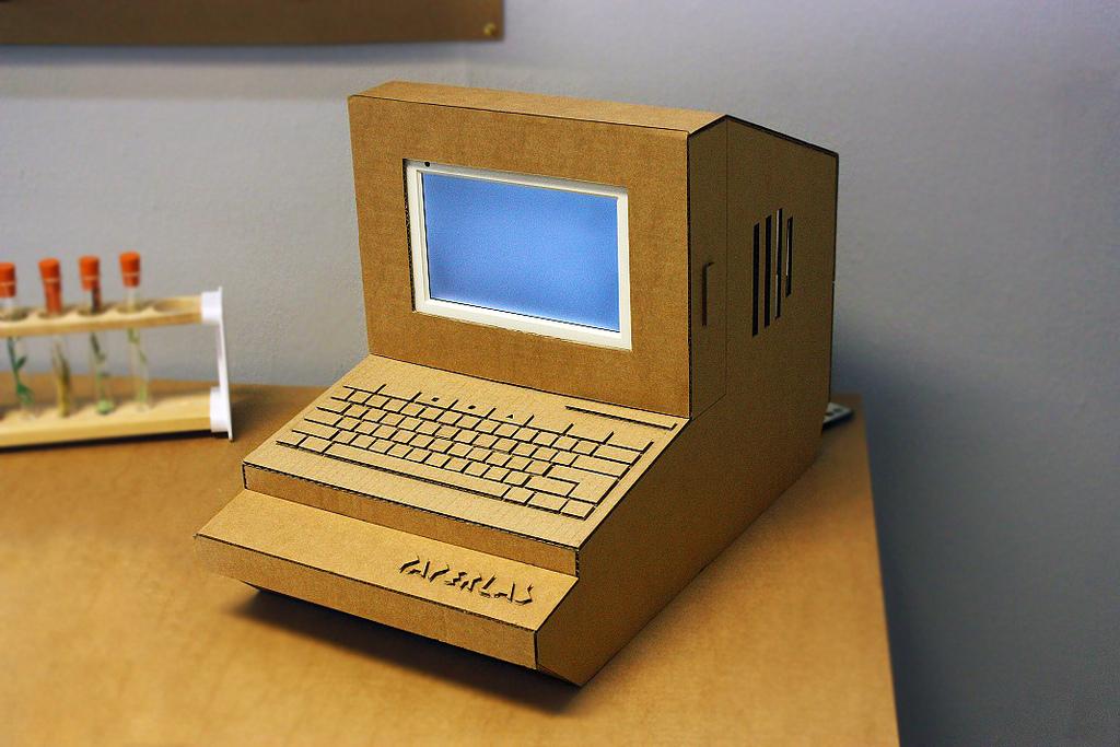 Сделать компьютер из картона своими руками