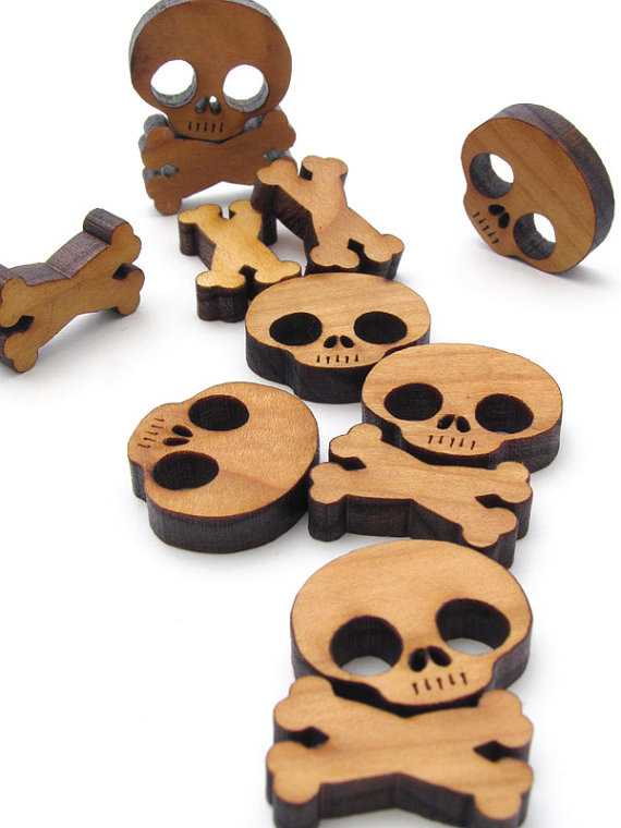 laser-cut-skull-cross-bones