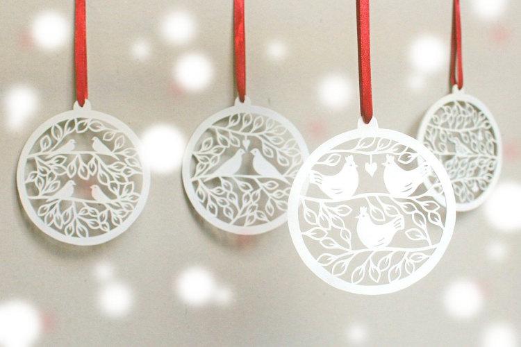 craftylou2-laser-cut-christmas-ornament