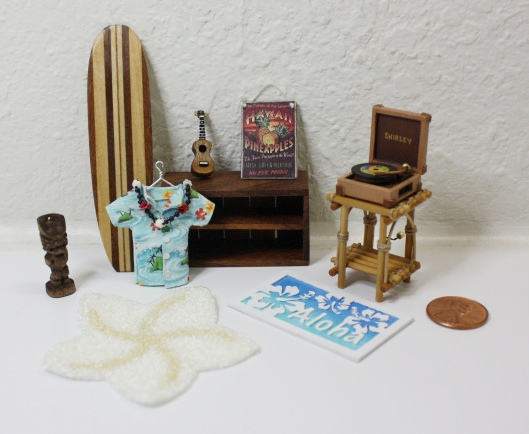 Wishcraft Studio 8 - Wooden Dollhouse Accessories
