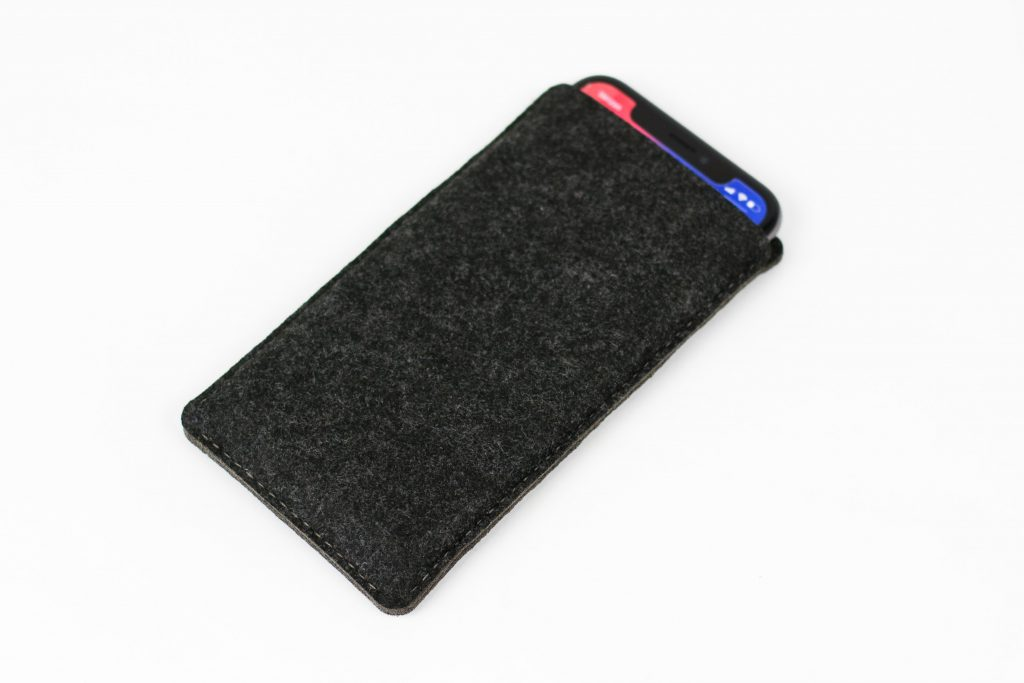 Synthetic Felt 5 - Charcoal Phone Holder