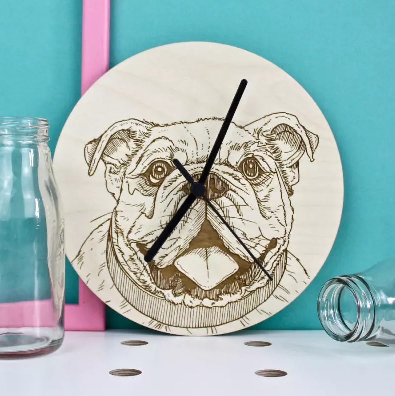 Laser Cut Products 08 - Bulldog Clock