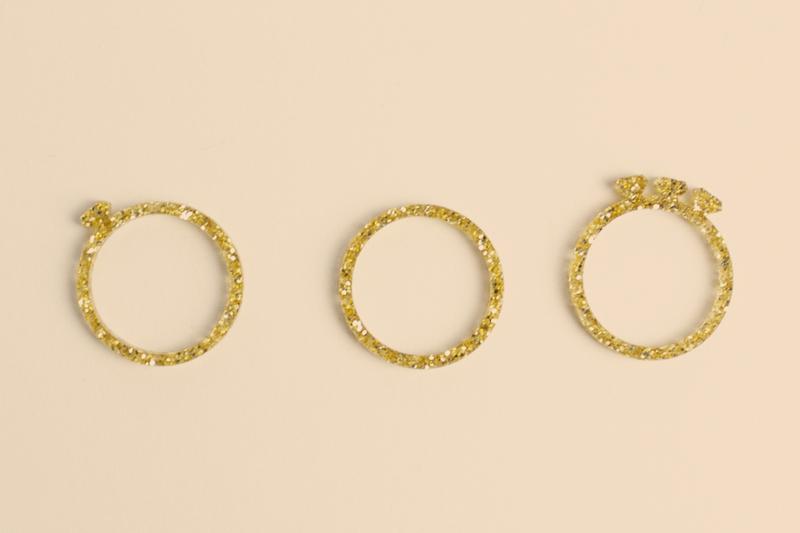 Gold Glitter Acrylic 3 - Rings