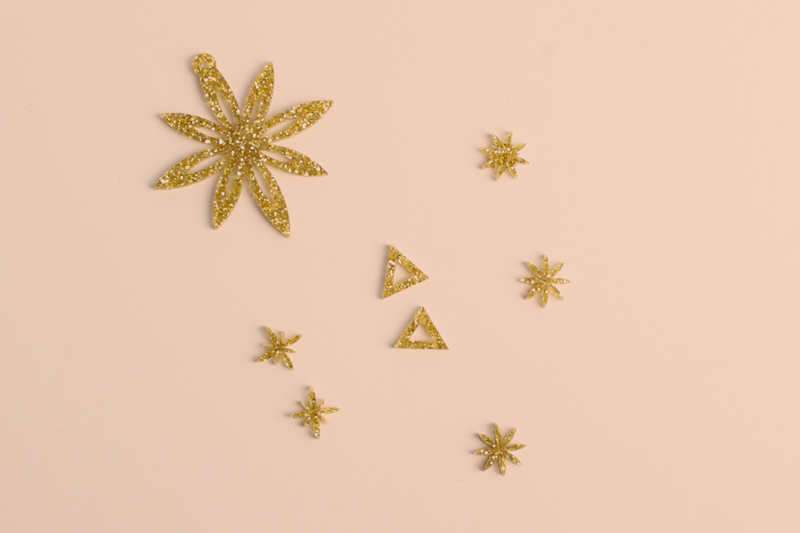 Gold Glitter Acrylic 4 - Jewelry
